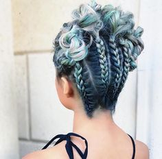 Cool hairstyle for homecoming.