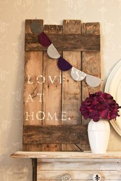 wooden crafts to make Wood Crafts wood crafts near me Pallet Wall Decor, Pallet Art, Diy Wall Decor, Pallet Signs, Wall Decorations, Wood Signs, Pallet Crafts, Diy Pallet Projects, Wooden Crafts