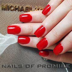Hand painted nails at Nails Of Promise. Gants Hill. East London. #nailsofpromise #nailsgantshill #nailseastlondon #nailslondon