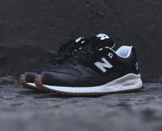 New Balance 530 black/white/gum