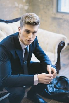 Amazing Suits Style And Grooms On Pinterest Short Hairstyles Gunalazisus