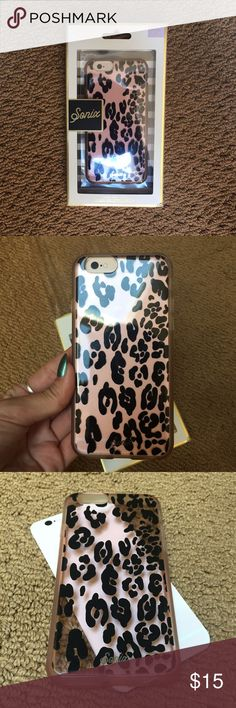 Sonix Leopard Print iPhone 6 Case. Gently Used. Sonix Leopard Print iPhone 6 Case. Gently Used. Sonix Accessories Phone Cases