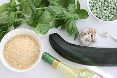 Pitsiniekka | Vegetarian Risotto Ingredients Fresh Rolls, Pesto, Risotto, Zucchini, Vegetarian, Vegetables, Cooking, Ethnic Recipes, Food