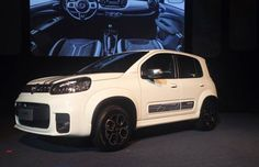 Fiat Uno 2015 reestilizado parte de R$ 30.990; veja todos os preços http://glo.bo/1xf69LX (Foto: Peter Fussy/G1)