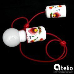 Lampa z wzorem łowickim. Projekt: StyLova. Do kupienia w atelio.pl. #lampa #WzórŁowicki #folk