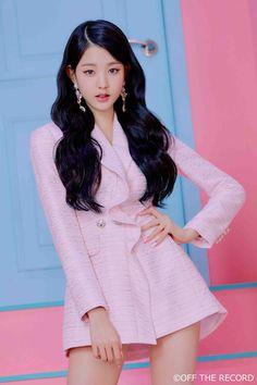 • Jang Wonyoung