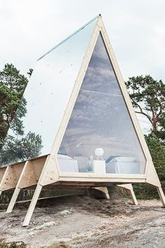 Nolla: A mobile cabin made without a wisp of a carbon footprint Created by Finnish minimalist architecture expert Robin Falck in partnership with marketing company Neste, this mobile cabin is a real game-changer in the world of design and technology. Tiny House Cabin, Tiny House Design, Home Design, Tiny Cabins, A Frame Cabin, A Frame House, Minimalist Architecture, Architecture Design, Pavilion Architecture