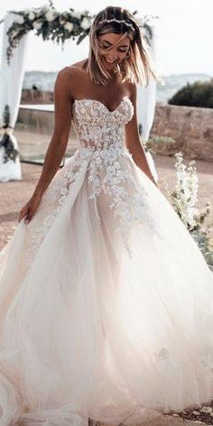 Gorgeous Sweetheart Wedding Dresses For Brides ★ sweetheart wedding dresses ball gown lace strapless floral applique tali Sweetheart Wedding Dress, Perfect Wedding Dress, Tulle Wedding, White Wedding Dresses, Cheap Wedding Dress, Wedding Bride, Bridal Dresses, Wedding Ideas, Boho Wedding