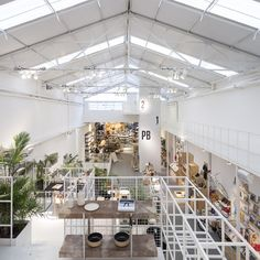 Image 8 of 24 from gallery of Editor Dorrego / PLANTA-Ana Rascovsky + Irene Joselevich. Industrial Architecture, Space Architecture, Warehouse Design, Warehouse Office, Mix Use Building, Retail Store Design, Factory Design, Co Working, Retail Interior