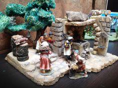 Pesebre en icopor  Herrero y LEñador 2 Christmas Decorations, Table Decorations, Christmas Ideas, Portal, Home Decor, Nativity Sets, Birth, Nativity Scenes, Xmas