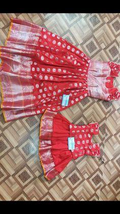 Mom Daughter Matching Dresses, Mom And Baby Dresses, Dresses Kids Girl, Kids Frocks Design, Baby Frocks Designs, Baby Girl Dress Patterns, Baby Dress Design, Indian Dresses For Kids, Kids Blouse Designs