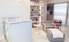 Cor cinza substitui o tradicional branco dos móveis