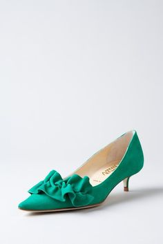 Starfish Pointed Toe Kitten Heel Pump love the color Pretty Shoes, Beautiful Shoes, Cute Shoes, Me Too Shoes, Short Heels, Low Heels, Stilettos, Chic Chic, Kitten Heel Shoes