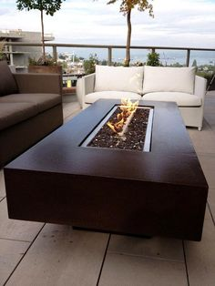 10 Beaming Cool Tips: Simple Fire Pit Backyard small fire pit backyard designs.Fire Pit Wedding Mason Jars fire pit bowl how to build. Outdoor Fire Pit Table, Fire Table, Fire Pit Backyard, Outdoor Dining, Easy Fire Pit, Small Fire Pit, Rectangular Fire Pit, Fire Pit Furniture, Concrete Fire Pits