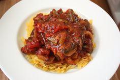 Κοτόπουλο κοκκινιστό με πιπεριές και μανιτάρια | Συνταγές - Sintayes.gr