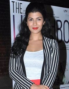 I was once told I should consider plastic surgery, said Lunchbox actress Nimrat Kaur! - http://www.bolegaindia.com/gossips/I_was_once_told_I_should_consider_plastic_surgery_said_Lunchbox_actress_Nimrat_Kaur-gid-36056-gc-6.html