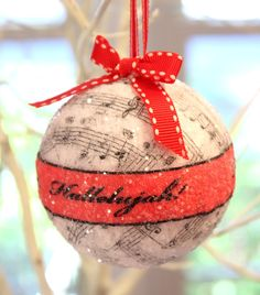 This blog shares how to make these wonderful Music ornaments