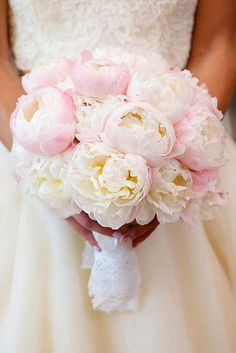 Wedding Flower Arrangements 42 Soft Pink Wedding Bouquets To Fall In Love With White Wedding Bouquets, Wedding Flower Arrangements, Bride Bouquets, Wedding Flowers, Flower Bouquets, Purple Wedding, Floral Arrangements, Wedding Dresses, Perfect Wedding