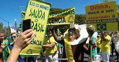 Manifestantes protestam contra o governo Dilma em cidades do Brasil