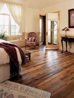 Reclaimed Antique Flooring Distressed Oak - Mountain Lumber