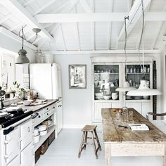 Check Out 30 Cool Rustic Scandinavian Kitchen Designs. Rustic style is very relaxing and reminds of countryside that's why more and more designers and house owners want to create it. House Design, House, Beach House Kitchens, Luxury Kitchens, Cottages By The Sea, Open Plan Kitchen, Home Kitchens, Rustic Kitchen, Luxury Kitchen Design