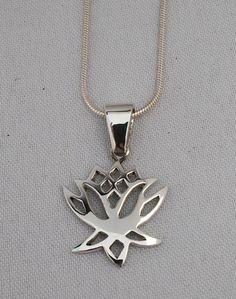 Lotus flower pendant in sterling silver. Silver Jewellery, Silver Necklaces, Sterling Silver Jewelry, Silver Pendants, Flower Pendant, Lotus Flower, Handcrafted Jewelry, Arrow Necklace, Jewels