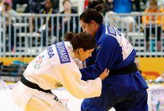 Judocas encerram as lutas no Parapan com sete medalhas para o Brasil / Alana Martins (de branco) luta contra a venezuelana Naomi Suazo: prata para a brasileira e Willians Silva com a prata. O atleta ficou cego quando tinha 10 anos e teve a vida mudada pelo esporte