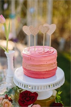 Pink ombre cake with sparkly gold heart cake toppers Pretty Cakes, Cute Cakes, Beautiful Cakes, Amazing Cakes, Diy Cake Topper, Cake Toppers, Bolo Cake, Valentine Cake, Valentines