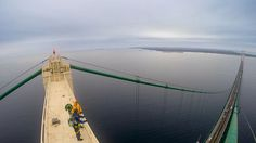 This rare 3D view of the top of Mackinac Bridge using Google Maps street view is mind-blowing!