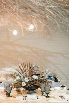 Black Tie South African Wedding with Dried Flowers + Mod Neutrals ⋆ Ruffled Winter Wedding Flowers, Floral Wedding, Wedding Trends, Wedding Designs, Wedding Ideas, Modern Minimalist, Minimalist Design, Unique Weddings, Real Weddings