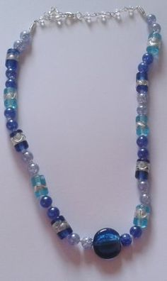 Knotted glass bead necklace with pendant bead