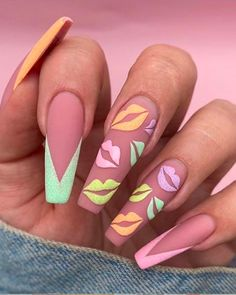 There is a range of nail designs that anybody can decide to have. Yet another thing, in the event you're hunting for a new trendy idea we recommend that you take our long nails design pictures under consideration. Nail art designs for extended nails Nail Swag, Winter Nails, Spring Nails, Summer Nails, Aycrlic Nails, Coffin Nails, Blush Nails, Sparkle Nails, Kylie Nails
