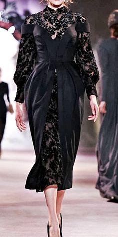 fuckindiva: Ulyana Sergeenko Haute Couture Fall/Winter 2013 Lovely Dresses, Elegant Dresses, Dress Brukat, Classy Outfits For Women, Types Of Dresses, Classy Dress, Gypsy Fashion, Evening Dresses, Designer Dresses
