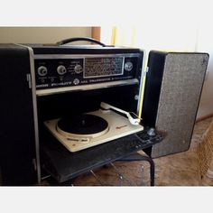 Love this vintage westinghouse record player music - Westinghouse muebles ...