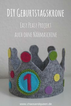 Felt Birthday Crown an Easy Peasy DIY project You want to make a birthday crown for your child? A DIY birthday crown without a sewing machine? Th birthday crown DIY diyart diydecoracion diyeasy diyforteens diygeschenke diyideas diyjewelry diyvideos Diy For Teens, Diy For Kids, Gifts For Kids, Diy Birthday Crown, Birthday Gifts, Birthday Crowns, Sewing Projects For Kids, Easy Diy Projects, Diy Gifts For Christmas
