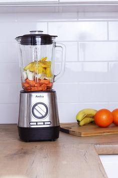 3 przepisy na super-kolorowe i odżywcze smoothie - Codziennie Fit Fruit Smoothies, Kitchen Appliances, Fitness, Diet, Diy Kitchen Appliances, Home Appliances, Kitchen Gadgets