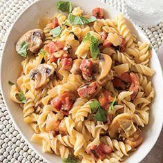 pates jambon champignon cookeo, un délicieux plat pour votre diner en famille. facile, délicieux et rapide à realiser chez vous avec votre cookeo