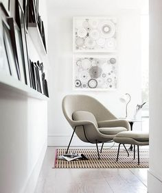 What's better than curling up with a book in a comfy Womb Chair? Mimicking curves of a womb, this wool covered beauty is the best reading chair. Living Room Chairs, Home Living Room, Dining Chairs, Comfortable Chairs For Bedroom, Bedroom Reading Chair, Reading Chairs, Scandinavian Chairs, Scandinavian Style, Side Chairs