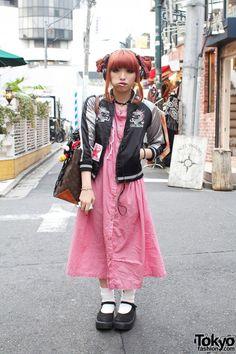 I need more long dresses/skirts! Asian Street Style, Tokyo Street Style, Japanese Street Fashion, Tokyo Fashion, Harajuku Fashion, Asian Fashion, Harajuku Style, Muslim Fashion, Kawaii Fashion