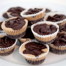 Peanut Butter and Chocolate Cups! Cream of Wheat is simply good food for the body & soul! creamofwheat.com #healthy #homecooking #creamofwheat #chocolate #peanutbutter #baking #sweets