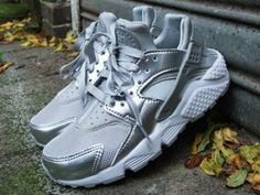 The classic Nike Air Huarache goes modern with this bold metallic silver colorway just for women. Even featuring metallic glitter in the outsole, this premium Huarache is one of the most fashionable versions of the iconic sneaker ever. Fashion for tall women | tall clothing | tall style | tall ootd | long legs | tall clothes