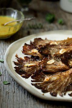 Μανιτάρια πλευρώτους στο φούρνο με σάλτσα λεμονιού και μουστάρδας | Food Junkie not junk food Greek Cooking, Oysters, Steak, Stuffed Mushrooms, Pork, Food And Drink, Junk Food, Beef