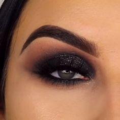 30 tips wedding makeup looks to be exceptional 37 - Summer Make-Up Eye Makeup Tips, Smokey Eye Makeup, Love Makeup, Makeup Videos, Makeup Inspo, Eyeshadow Makeup, Beauty Makeup, Hair Makeup, Makeup Style