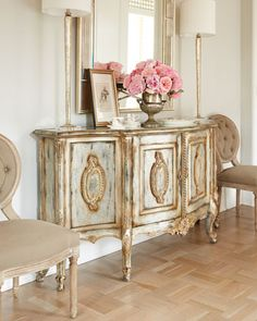 Adding That Perfect Gray Shabby Chic Furniture To Complete Your Interior Look from Shabby Chic Home interiors. French Furniture, Shabby Chic Furniture, Bedroom Furniture, Gold Leaf Furniture, Metallic Painted Furniture, Furniture Design, Mirrored Furniture, Furniture Vintage, Upholstered Furniture