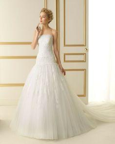 246 TERUEL / Wedding Dresses / 2013 Collection / Luna Novias