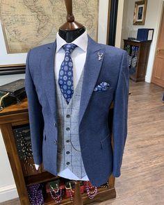 @whitfieldandward posted to Instagram: SUMMER WEDDING SUIT INSPO - Ocean blue tweed teamed with grey for a fresh spring/summer feel ___________________________________________  #weddingsuit #menssuits #menstyleguide #groomstyle #gqstyle #dapperlydone #tailoredsuit #groominspiration #menslaw #weddinginspo #peakyblindersstyle #simplydapper #gentlemenstyle #suitstyle #suitsupply #groomsuit #groomstyle #meninsuits #peakyblinders #bespokesuit #mensuitstyle #gqinsider #weddingblog #suitandtie… Summer Wedding Suits, Tweed Wedding Suits, Mens Fashion Wear, Suit Fashion, Luxury Fashion, Gq Men, Bespoke Suit, Gq Style, Mens Style Guide