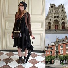 My #outfit to visit #amiens, #france. Outfit shot by Bert Van den Wyngaert, #cathedral and #city #clock photos by me. #hat from the US #disneystore (#starwars merch), #frames by @theoeyewear, #cardigan by @primark, #dress by @asos, skirt by Cora Kemperman, ebay socks, boots by Kickers, #vintage bag and #umbrella by #babythestarsshinebright 📷 Canon EOS 700D with 18-55mm #canon lens 🚀#ootd #fashion #jfashion #morikei #morigirl #darkmori #steampunkfashion #fashion #daytrip #trip #travel…