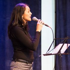 Angeline's singing Autumn Leaves, in Amsterdam