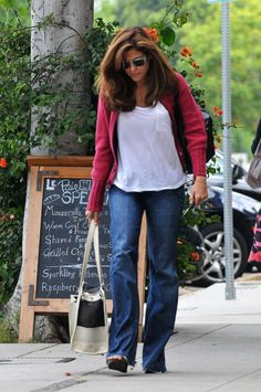 Eva Mendes In 7 For All Mankind Jeans