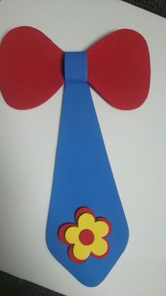 Crazy Hat Day, Crazy Hats, Clown Party, Circus Party, Class Decoration, School Decorations, Diy For Kids, Crafts For Kids, Arts And Crafts